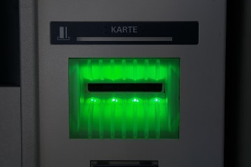 Auch Bankkarten nutzen heute modernste Technik, um die nötige Sicherheit bei optimaler Funktionalität zur Verfügung stellen zu können. Darüber hinaus haben Chipkarten jedoch noch viele weitere Verwendungsmöglichkeiten.